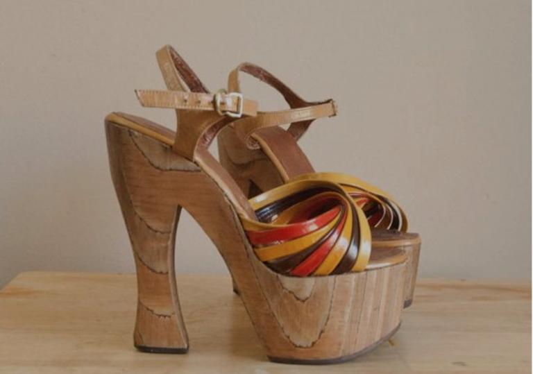 Niet om op te lopen, wel geweldig om naar te kijken, deze schoenen uit de 70's
