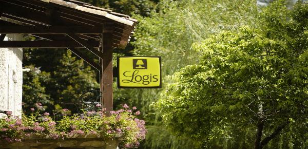 Win een overnachting in een Logis-hotel