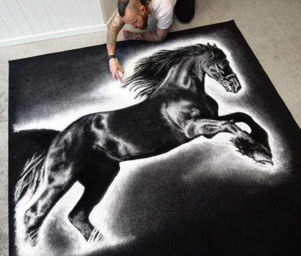 Dino Tomic zoutkunst paard