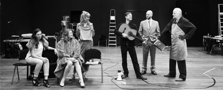 IJS&VIS: een toneelstuk dat geen toneelstuk is