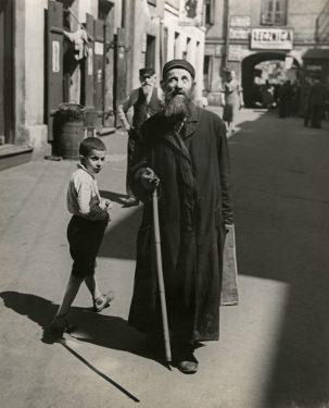Willem van de Poll, Blinde man, Warschau 1934 collectie Nationaal Archief