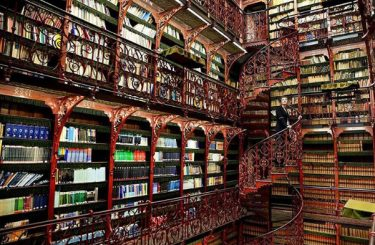 Mooiste bibliotheken bij Zin Boekenclub