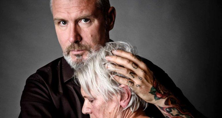 Eric Corton brengt Ma van Hugo Borst naar het toneel