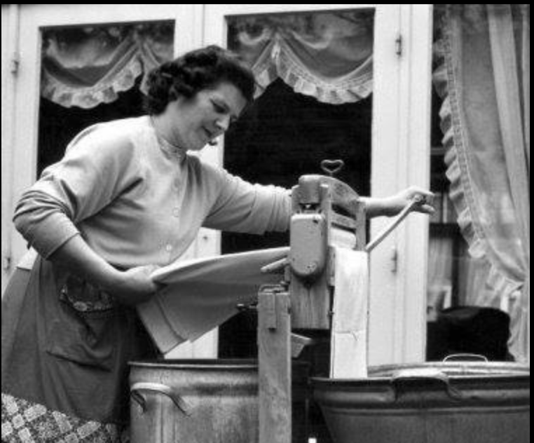 Huisvrouw zijn de jaren vijftig was vooral heel hard werken