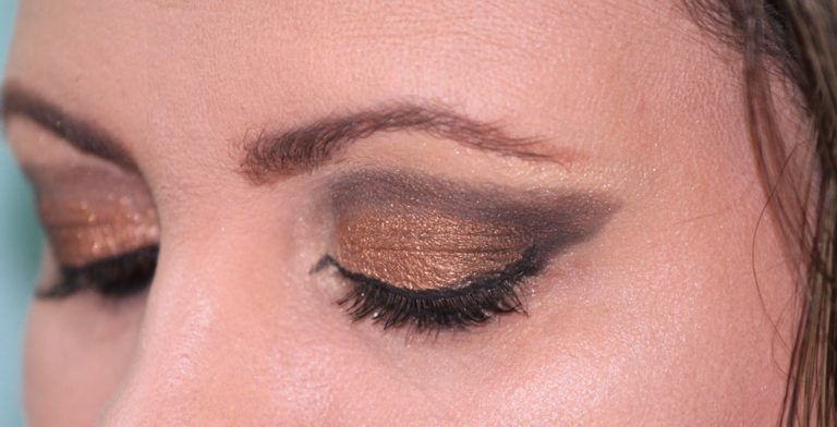 Snel een sprekend gezicht met eyeliner