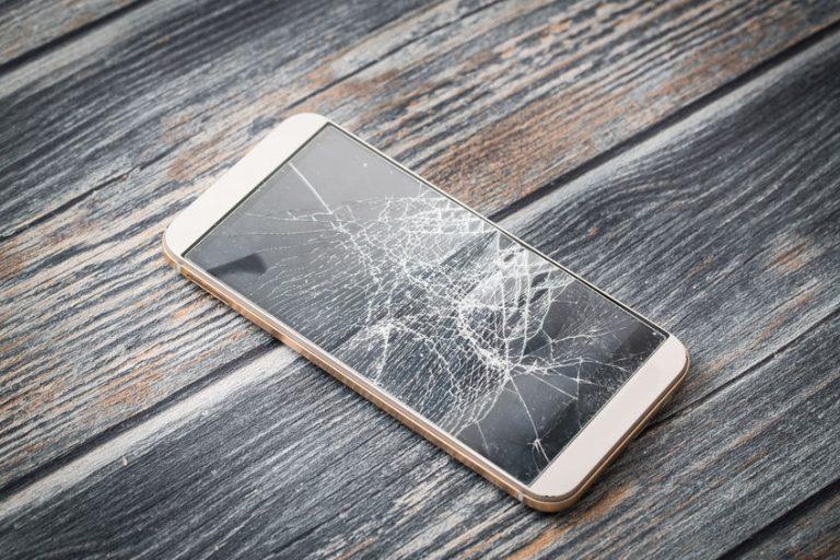 Telefoonscherm aan diggelen: wat nu?