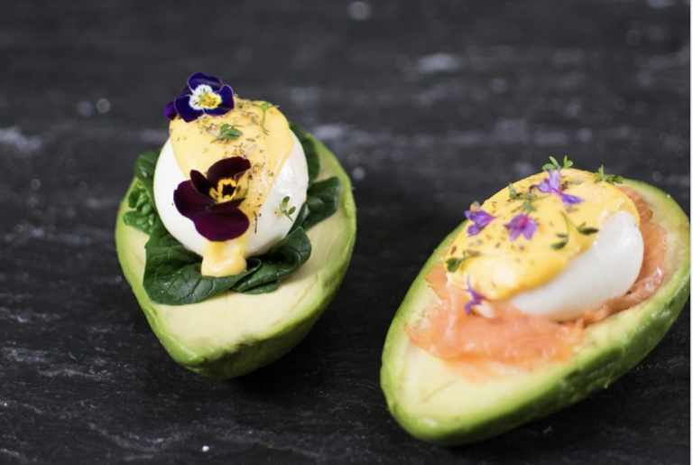 Trend: restaurants met alléén maar ei, of avocado, of rauwe vis
