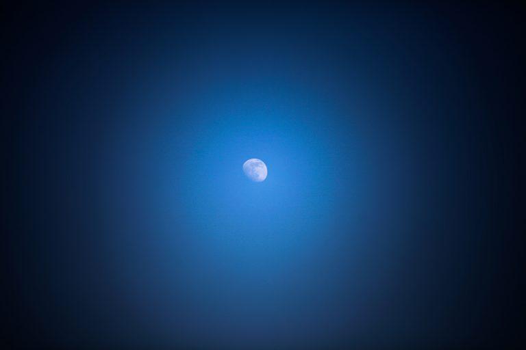 Het mannetje op de maan