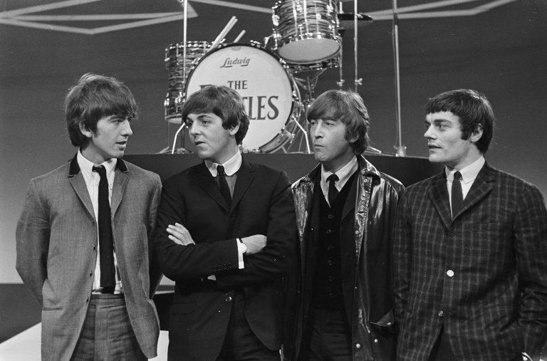 6x favo hits van The Beatles