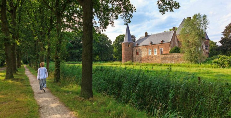 6 kastelen die een bezoek meer dan waard zijn