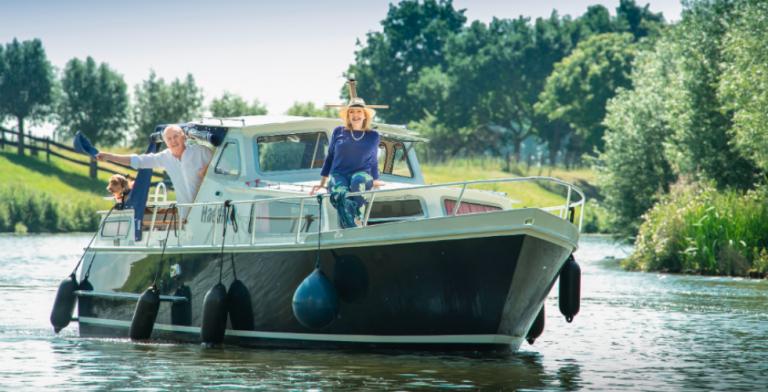 André van Duin en Janny van der Heijden gaan weer varen!