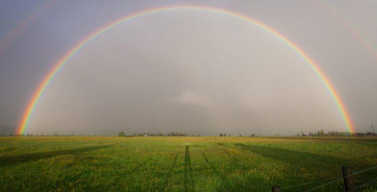 Een stralende sterrenhemel, mooie bliksemschicht of regenbui