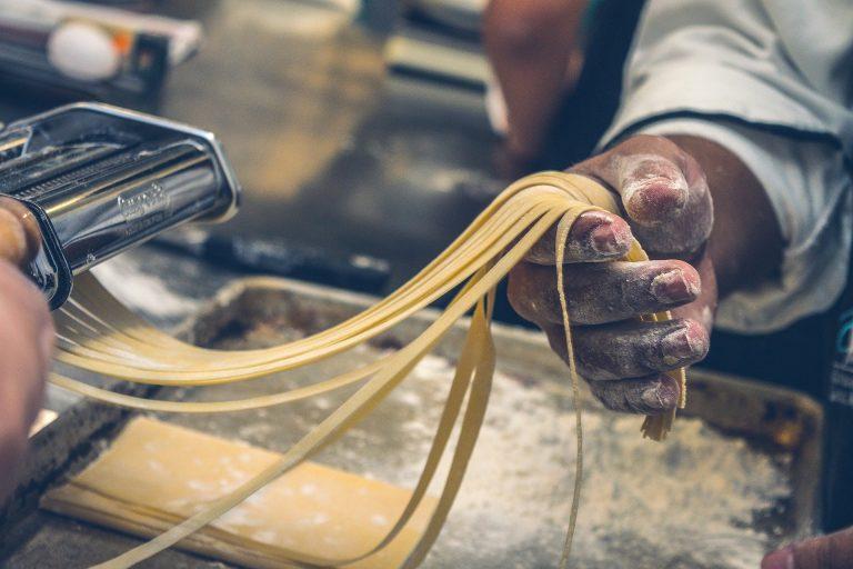 Op cursus bij de schattige pastagrannies uit Italië