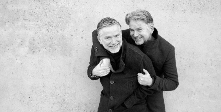 'Ze moesten beloven nooit iets te vertellen over een tweelingbroer'
