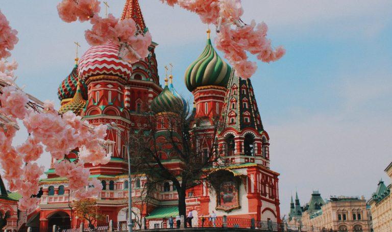 Kijktip: Anna Karenina in een modern jasje