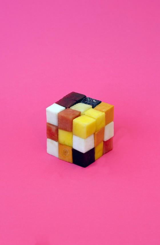 strange-fruits-sarah-illenberger-12-560x854
